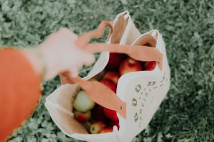 Grocery tips for athletes on a budget 1